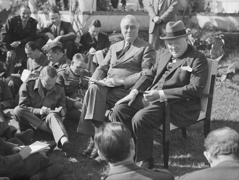 President_Roosevelt_and_Prime_Minister_Churchill_at_the_Allied_Conference_in_Casablanca,_January_1943_A14149