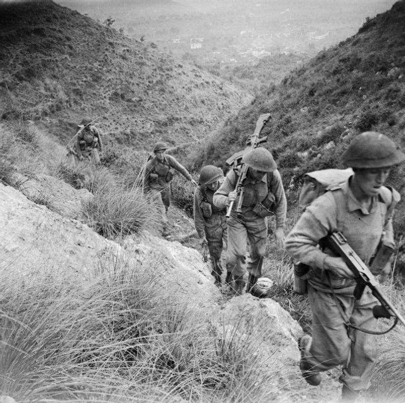The_British_Army_in_Italy_1943_NA8236