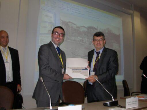 """Consegna del diploma di partecipazione al convegno internazionale """"The First World War Centenary"""" – Antalya"""