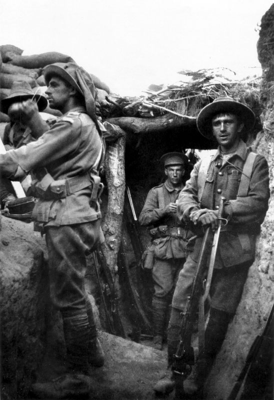 Lone_Pine_trench_6_August_1915